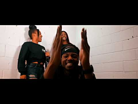 "Mack Krew "" Das It "" ( Music Video )"