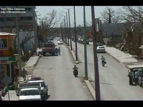 """Huracan """"WILMA"""" / Cozumel, Mexico / Video Destacado de La Hermandad de Bomberos"""