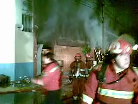 Incendio en distrito de Breña, Lima, Peru