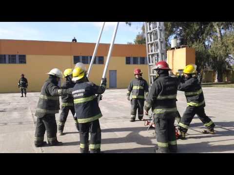 CAPACITACIÓN: ENTRENAMIENTO CON ESCALERAS EXTENSIBLES - BOMBEROS VOLUNTARIOS DE SOLANO - ARGENTINA