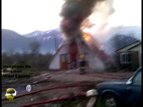 CHILE Incendio Calle 5 De Abril 2.mpg