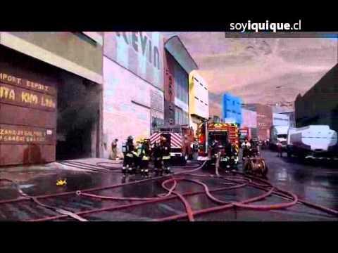 Incendio afecta a importadora china / Incendio de Bodega en Zofri, Iquique en Chile