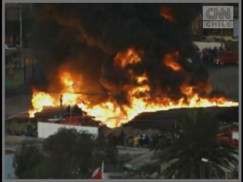 Autoridades evalúan posible evacuación en sector de Antofagasta afectado por incendio