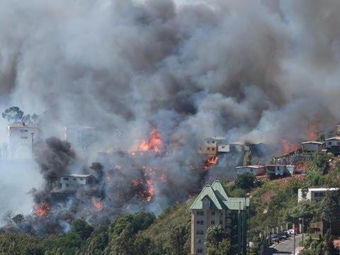 CHILE Decretan Alerta Roja por incendio en cerro San Roque de Valparaíso