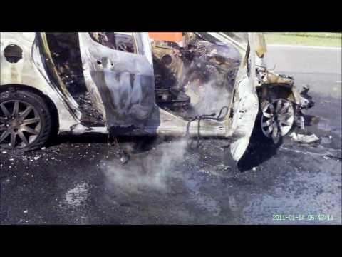 ABORDO: BOMBEROS VOLUNTARIOS DE CAMPANA, INCENDIO DE AUTOMOVIL EN RUTA Nº9 KM. 69 / BUENOS AIRES EN…