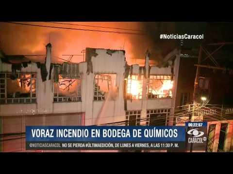 INCENDIO DE BODEGA DE QUIMICOS EN BOGOTA, COLOMBIA (08 DE OCTUBRE DE 2014)