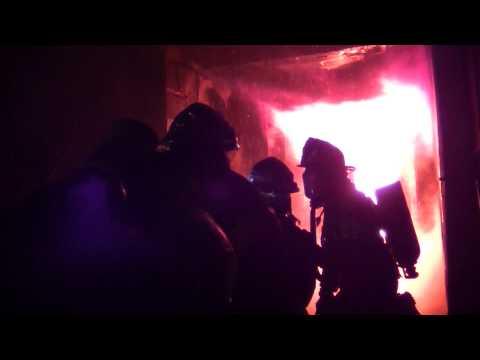 ENTRENAMIENTO DE INCENDIO EN BOMBEROS DE LUJAN JUNTO A BOMBEROS VOLUNTARIOS DE LA BOCA - ARGENTINA