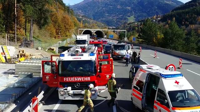 19 DE OCTUBRE DE 2017: INCENDIO DE UN AUTOMÓVIL ELÉCTRICO DE TESLA (MODELO S) EN AUSTRIA