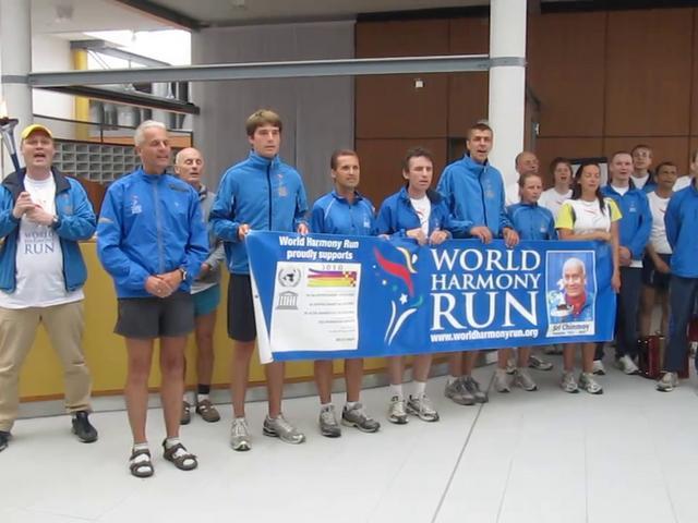 World Harmony Run 2010: Hymne