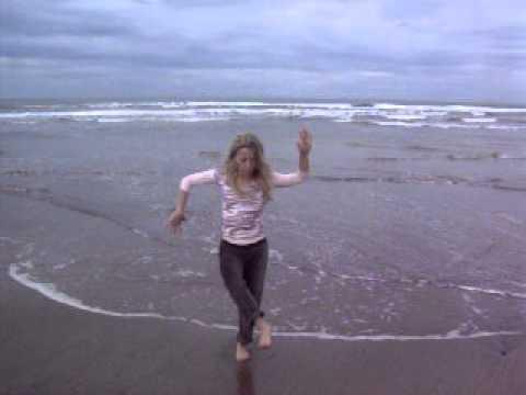 luna yoga  planetengruß,amazonin, adlerin und tanzende göttin