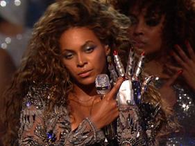 Beyonce Performing Single Ladies on VMAS