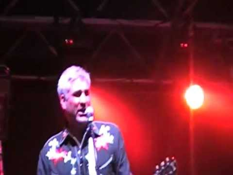 Taylor Hicks at Cullman Festival 5.26.2012 -Love The One You're With