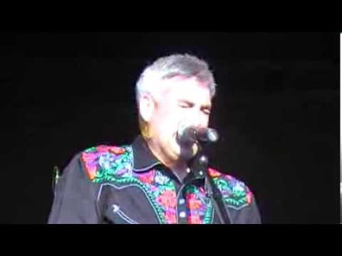 Taylor Hicks-HOTYL/It's A Man's World-10-12-13