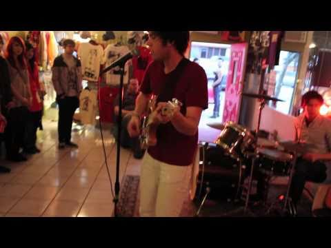 """THE HIPS LIVE at FRANKY'S """"TALK2ME"""""""