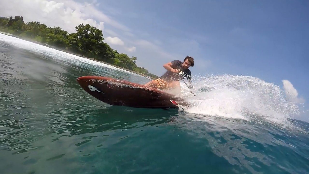 Stand up GONG Xavier Leroy Mentawai
