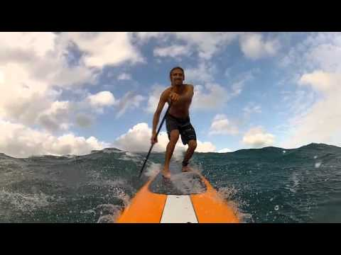 ROB MACHADO GOES FOR A DOWN-WINDER