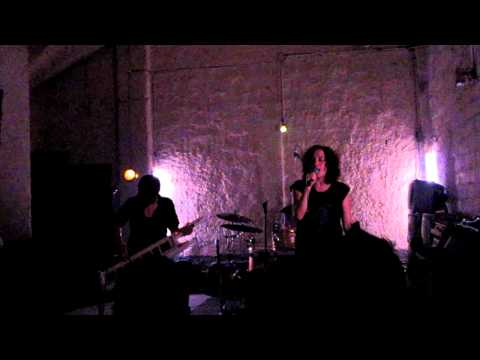 Berlin Brides - Ballad for the Touch-Deprived live @ K44 17-02-2011