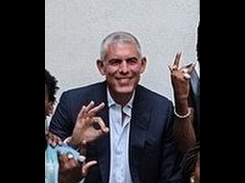 The Tall Israeli That Runs The Rap Industry - Illuminati Satanic Music Industry Exposed