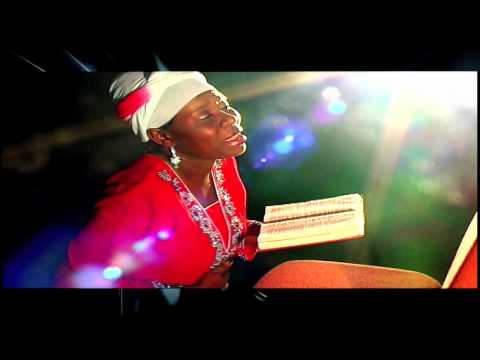 Maame Serwaah - Hume Mobo (Official Music Video)