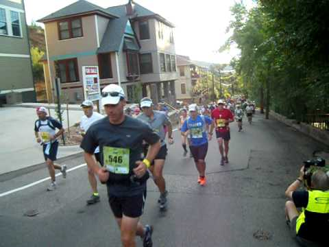 Start of the 2011 Pikes Peak Marathon