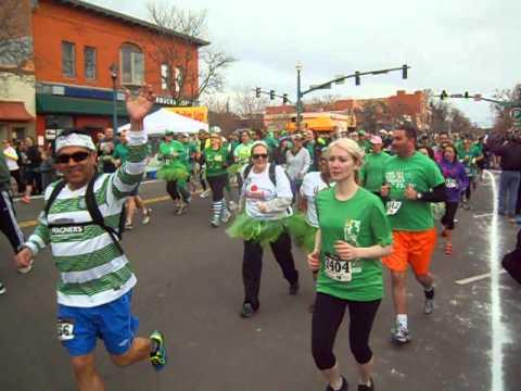 Start of the 5K on St. Patrick's Day
