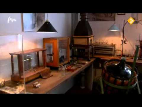 """Zilvermuseum Schoonhoven in 2e ronde AVRO TV """"Kunstuur"""", 29 okt. 2011"""