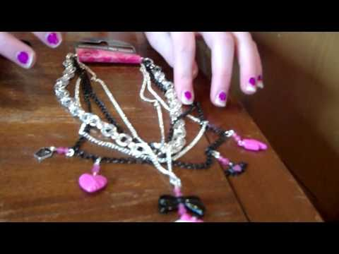 Monster High Lip Gloss Clawdeen Necklace, Necklace, And Frankie Stein Fortune Skull Review!