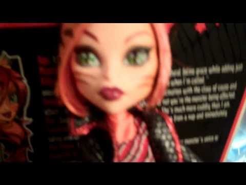Toralei The werecat Doll review! Monster high
