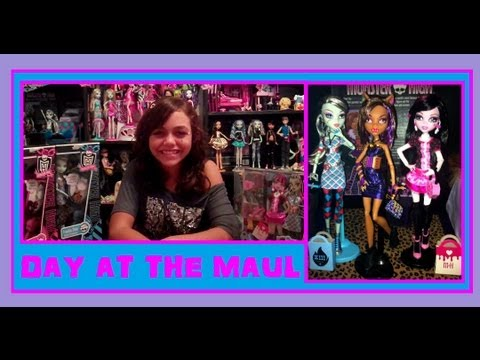 Monster High Day at the Maul Fashion Pack and Dolls Review