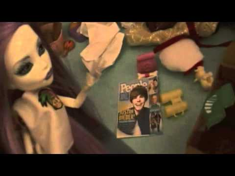 Monster High Reality - Holt is a Loser