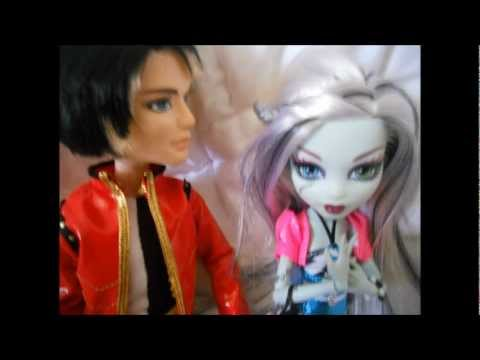 """Monster High short film - """"Beastly and the Beauty"""" (Part 2)"""