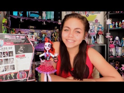 Monster High Picture Day Operetta Doll Review by WookieWarrior23