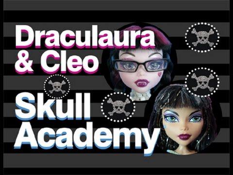 Monster High Doll Show | Skull Academy | Cleo & Draculaura