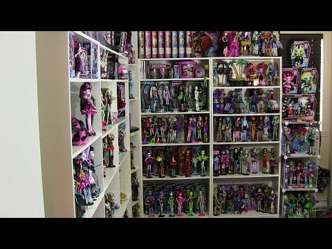 MONSTER HIGH COLLECTION OVER 300 DOLLS 2014 UPDATE VIDEO