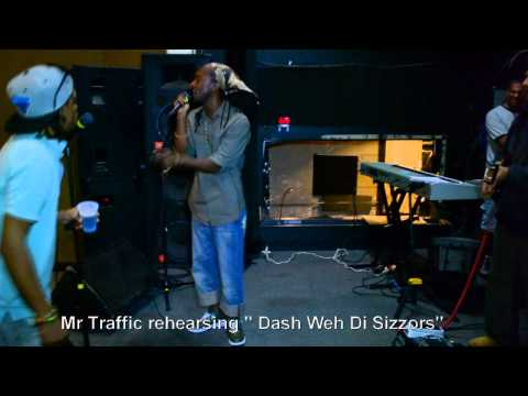 "Mr Traffic rehearsing ""Dash Weh You Sizzors"", Frankie Paul on The Drums"
