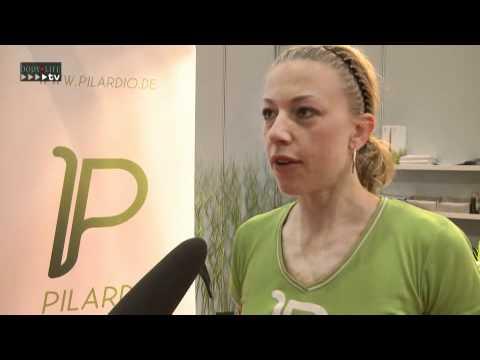 Jasmin Waldmann auf der FIBO 2010