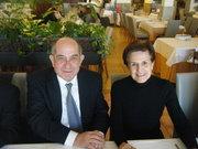 Adela Cortina y Juan Escámez
