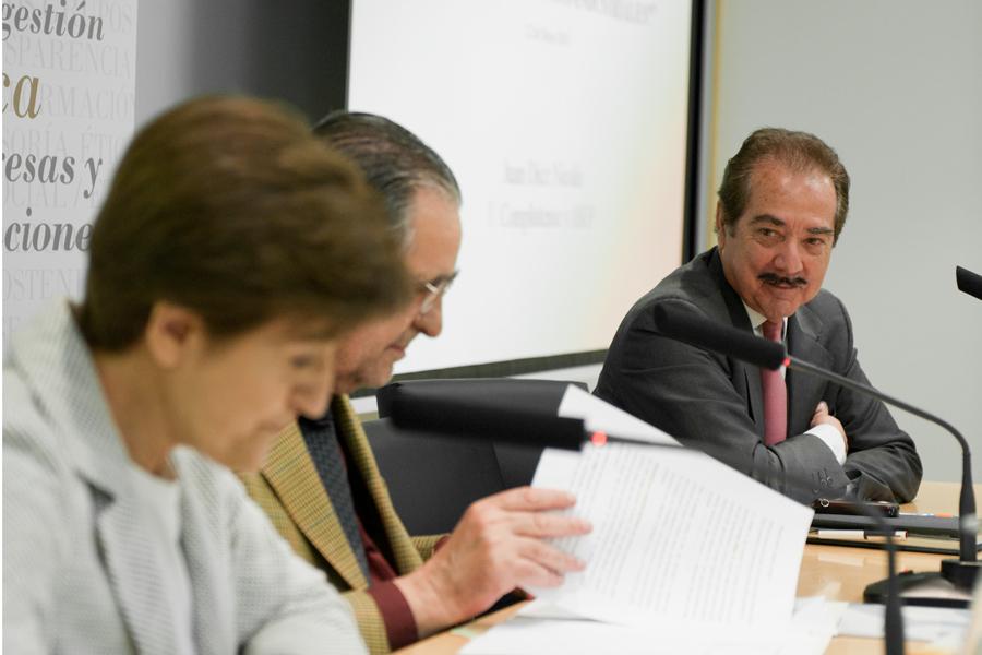 Juan Diez Nicolás en el XX Seminario ÉTNOR