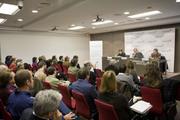 José Mª Tortosa, Catedrático de Sociología, en el Seminario ÉTNOR
