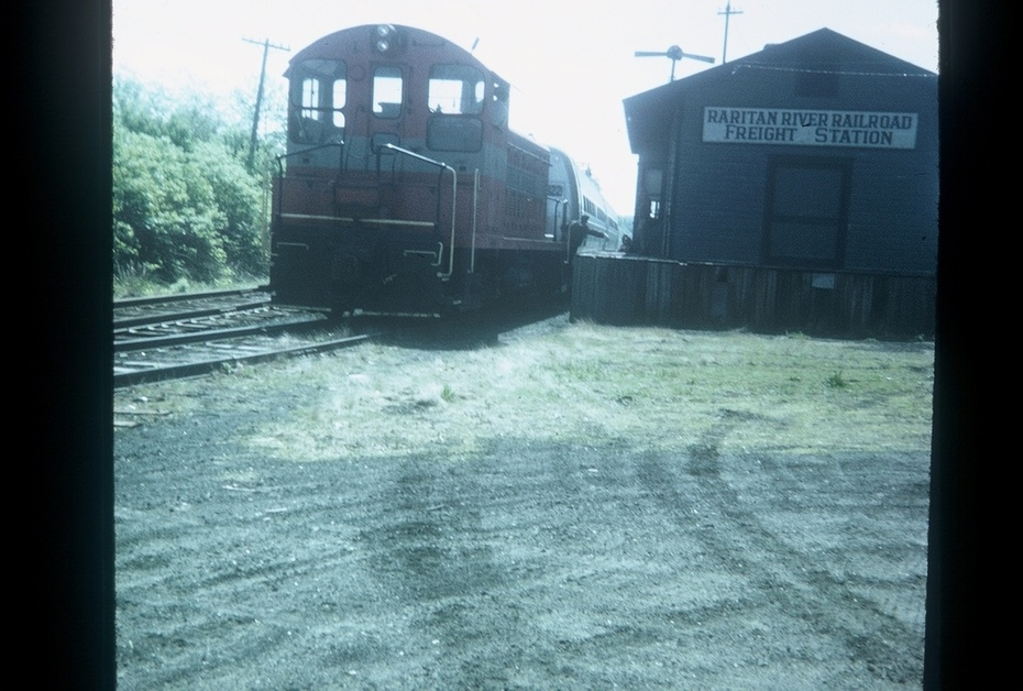 Raritan River Railroad train holding its final passengers.