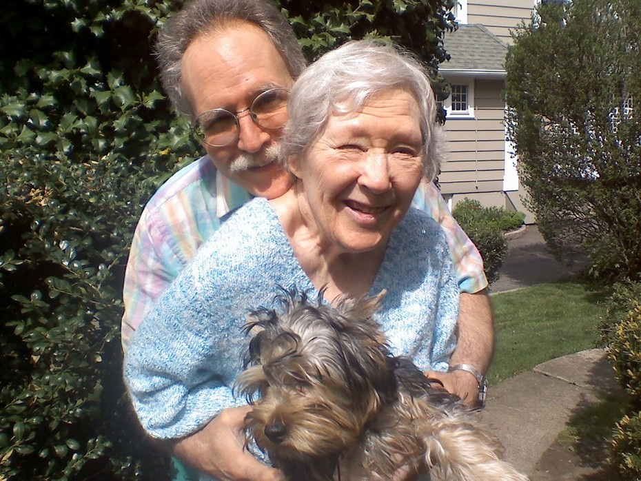 Momma, Jerry, and 'Peppy Puppy'