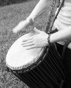 heather djembe hands 019