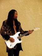 Les w/ the Fender Strat know as 'Izabella'.