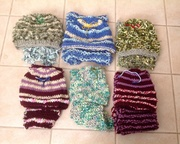 6 beanie and scarf sets
