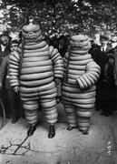 Vintage_Halloween_Costumes 08