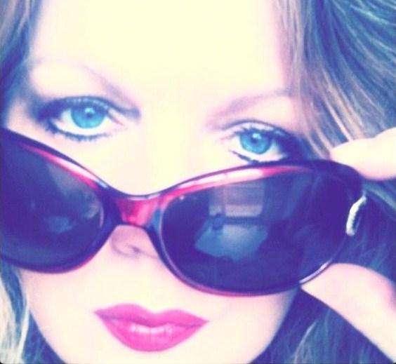 a specs pics sarah