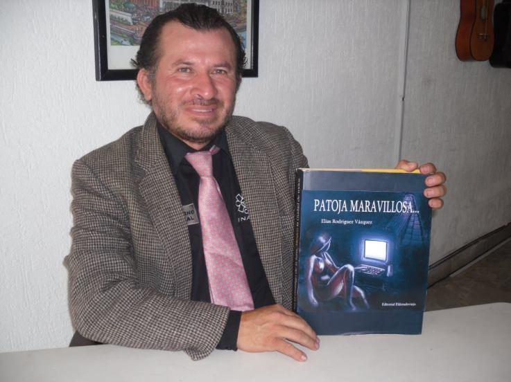"ARQUEOLOGO ELIAS RODRIGUEZ VAZQUEZ EN LA PRESENTACION DE SU NOVELA ""PATOJA MARAVILLOSA""547098_410024269039201_1024311589_n"