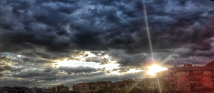 2.8 A NEW DAY - BREAKING THROUGH THE STORM photo by Anna F.20150226_180222