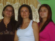 Jazmín,Mónica y Laura
