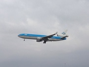 The last KLM MD-11 flight to Toronto - one of two last flights today.